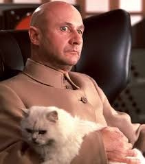 This cat from the James Bond movie You Only Live Twice also belonged to Satan.